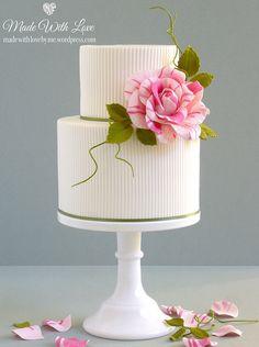 Beautiful Cake Pictures: Pretty Ribbed Cake With Striped Pink Flower - Birthday Cake, Elegant Cakes, Flower Cake, Wedding Cakes, White Cakes - Bolo Floral, Floral Cake, Pretty Wedding Cakes, Pretty Cakes, Cake Wedding, Wedding Gowns, Gold Wedding, Bridal Gowns, Wedding Reception