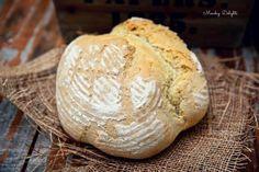 Самый простой и вкусный белый хлеб на пиве. 500 гр муки  10 гр соли  13 гр сухих дрожжей  30 гр несоленого сливочного масла  300 мл пива  оливковое масло