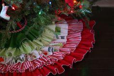 Ruffled Tree Skirt | Pretty Prudent: Great tutorial to make a ruffled tree skirt.  Would look great made from burlap!