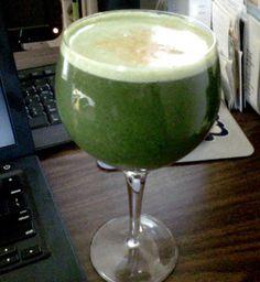 Anti-inflammatory  2 carrots 1 cucumber 1 tart, green apple 2 stalks of celery ½ a lemon a handful of fresh parsley   1 inch piece of ginger