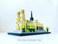 Notre-Dame Cathedral Building Systems, Lego Architecture, Miniature Crafts, Legos, Notre Dame, Facade, Cathedral, Miniatures, Mini Houses
