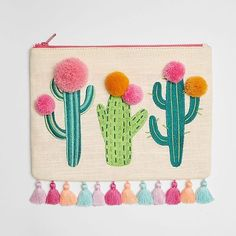 Linen-blend Cactus Pom Pouch - This cactus pouch is a super-cute way for desert babes to carry their fave essentials. Embroidery Bags, Embroidery Patterns, Baby Kind, Felt Crafts, Sewing Projects, Crafty, Quilts, Crochet, Fabric