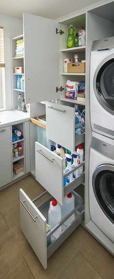 Utility room from Spitzhüttl Home Company - Wohnen - Hauswirtschaftsraum von Spitzhüttl Home Company Practical drawers make it easier to keep an overview and keep everything within reach. More information about the utility room at Spitzhüttl Home Company. Laundry Room Remodel, Laundry Room Organization, Laundry Storage, Laundry Room Design, Bathroom Storage, Organization Ideas, Storage Ideas, Drawer Storage, Storage Shelves