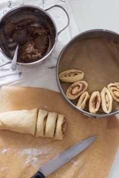 Zawijaniec drożdżowy z masą orzechową | Kameralna Polish Recipes, Delicious Desserts, Cake Recipes, Good Food, Food Porn, Food And Drink, Cooking Recipes, Sweets, Gastronomia