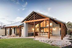 Kalgup Retreat Designed to Embrace the Western Australian Landscape - Australian Architecture - Country Builders, Home Builders, Australian Architecture, Australian Homes, Australian Country Houses, Plan Chalet, Patio Grande, Rural House, Building Companies