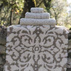 Plume Silk Premium Bath Set - Toscane Bath Rug and Towels #egyptiancottontowels #luxurytowels bathroom decor, combed cotton | Shop at http://plumesilk.com/bath-rugs-and-mats/18-toscane-natural-bath-rug.html