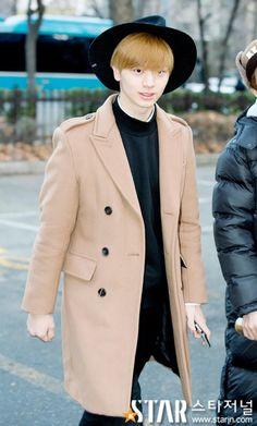 Sungjae Sungjae Btob, Cube Entertainment, Lee Min, Boy Groups, Korean, Coat, Fashion, Moda, Sewing Coat