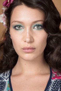 Bella Hadid Catwalk CV Model Fashion Show Walks | British Vogue