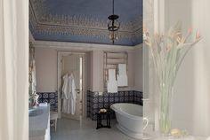 #excll #дизайнинтерьера #решения Ванная комната Отель Палаццо сети Коппола   Excellence Group - решения