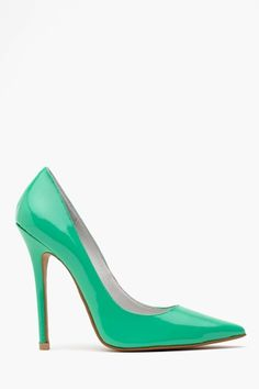 Darling Pump in Mint. The color is amazing!