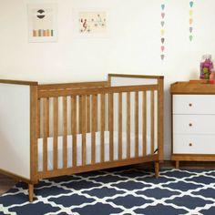 16 idéias inspiradoras para usar berço de madeira no quarto do bebê