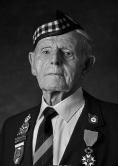 Then and now: Scottish veterans remember D-Day landings - BBC News Prince William And Kate, William Kate, Castle Douglas, D Day Landings, Blackburn Rovers, Landing Craft, French People, Prisoners Of War, Fight For Us