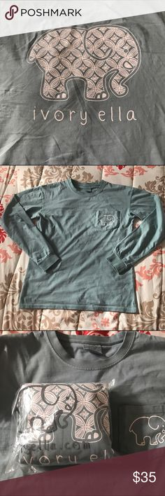 Ivory Ella long sleeve Perfect petal in cameo blue. Size medium. My mom ordered this for me but I already had one. $30 on Ⓜ. This is sold out online so price is firm ivory ella Tops Tees - Long Sleeve