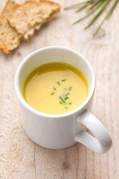 Lekker recept voor soep! Wortel-bloemkoolsoep met curry en kokos. Pureed Food Recipes, Soup Recipes, Cooking Recipes, Healthy Recipes, Food Porn, Happy Foods, Comfort Food, Healthy Dishes, Food Inspiration
