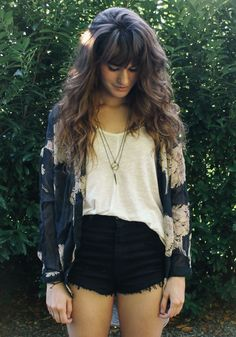Boho style in this shorts, vest and kimono combo x