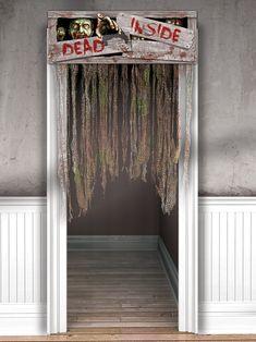 """Rideaux en tissu Zombies : Ces rideaux en tissu s'accrochent sur un cadre de porte.Il représentent des palettes de bois avec écrit """"dead inside"""" dessus, ainsi que des zombies sur le point de sortir..."""