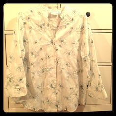 White Alfred Dunner Button Down Top Beautiful white Alfred Dunner blouse with 3/4 sleeves and front buttons. This lightweight top has a beautiful blue and green embroidered floral pattern, along with a slightly see through paisley pattern. Very soft and comfortable, and perfect for summer! Top is in great condition and has barely been worn! NO Trades NO PayPal Alfred Dunner Tops Button Down Shirts