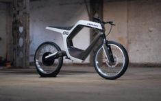 German electric motorcycle company Novus has unveiled a new electric motorcycle in Las Vegas. The Novus electric motorcycle is awesome. Electric Bicycle, Electric Scooter, Electric Cars, Velo Retro, Harley Davidson, Futuristic Motorcycle, Motorcycle Companies, Commuter Bike, Smartphone