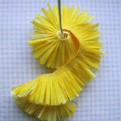 "Crepe-Paper-Flowers-9 using your machines ""ruffler foot"""