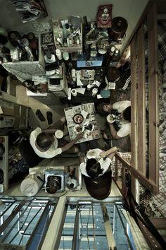Hong Kong cubicle appartments. Photography: Benny Lam