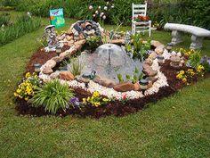 Garden Pond Design, Small Backyard Design, Outdoor Ponds, Ponds Backyard, Lawn And Garden, Water Garden, Fish Pond Gardens, Goldfish Pond, Unique Garden Decor