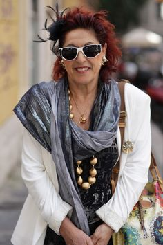 Roman Red - ADVANCED STYLE - Very cool woman.  I like her style
