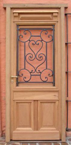 :: De Ayer y De Siempre :: Arquitectura Antigua :: Catálogo de Productos :: Puerta de frente / entrada de cedro con reja forjada