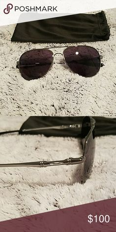 Oakley Elmont M Sunglasses Oakley aviator-shaped sunglasses Shiny silver frame with smoky grey lenses NEVER WORN/BRAND NEW Oakley Accessories Sunglasses
