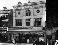 The Deansgate Cinema prior to becoming the ABC.It was entered via an arcade of shops. Old Pictures, Old Photos, Amazing Pictures, Manchester Love, Old M, Cinema Theatre, Salford, Good Old, Back In The Day