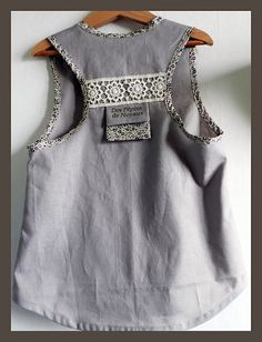 Version fille avec dentelle Fashion Today, Girl Fashion, Kids Western Wear, Little Girl Dresses, Baby Sewing, Dressing, Girly Girl, Pretty Dresses, Kids Outfits