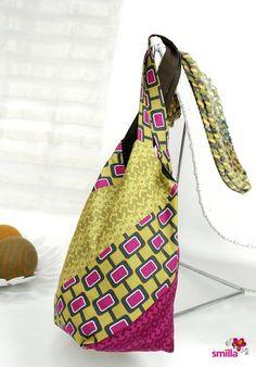 Hallo ihr Lieben! Heute habe ich etwas besonders Schönes für euch – das smilla-Anleitungsvideo zur sogenannten Windmühlentasche. Manchmal wird sie auch japanische Windmühlentasche genannt. Warum die Tasche so heißt? Ganz einfach, weil die Anordnung des Musters irgendwie an eine Windmühle...