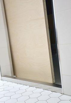 liukuovi_DIYdoor_plywood_vaneri_yellowmood 1 Internal Doors, Plywood, Mirror, Storage, Metal, Laundry Room, Anchor, Bath, Inspiration