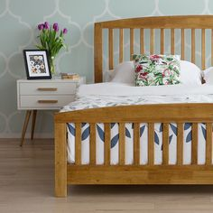 Warm brown Beliani wooden bed CASTRES is of timeless, minimalistic design which fits well in any interior – from #rusticstyle to #modernbedrooms.