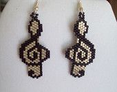 Beaded Musical Note Black and Silver