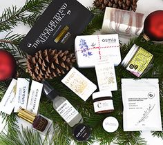 Integrity Botanicals Holiday Gift Guide for Everyone on Your List #holiday #gifts #giftguide #greenbeauty