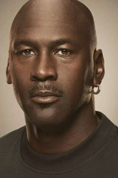 MICHAEL JORDAN | MURANO SPORTS Michael Jordan Face, Michael Jordan Pictures, Michael Jordan Basketball, Dennis Rodman, Scottie Pippen, Sports Basketball, Basketball Players, Chicago White Sox, Surf Girls