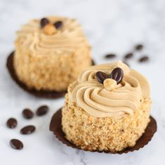 Discover recipes, home ideas, style inspiration and other ideas to try. Small Desserts, Unique Desserts, Lemon Desserts, Delicious Desserts, Dutch Recipes, Sweet Recipes, Baking Recipes, Cookie Recipes, Dessert Recipes