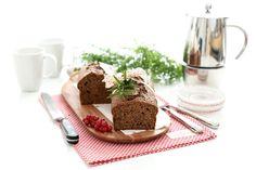 Receta de Bizcocho de chocolate y yogur, un delicioso plan para tus desayunos que no te va a fallar. Congela en porciones lo que sobre y usa cuando quieras.