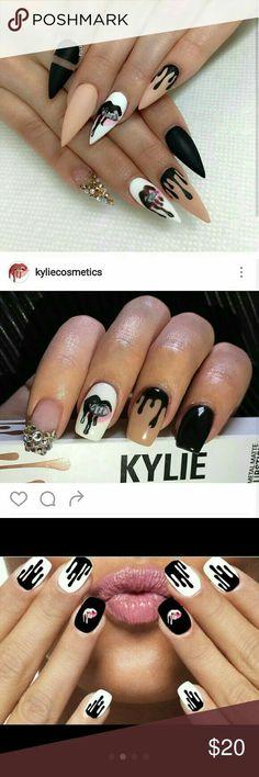 logo Kylie jenner nails manicure logo Rare not even sold on her site . Kylie jenner nails manicure logo Rare not even sold on her site .but shown on her ig Kylie jenner nails manicure logo Other Bling Nails, Stiletto Nails, Coffin Nails, Acrylic Nails, Stylish Nails, Trendy Nails, Hot Nails, Hair And Nails, Uñas Kylie Jenner