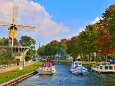 Holland River cruises with a self drive boat - Locaboat