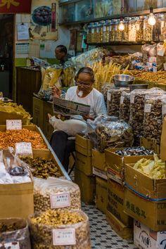 Hong Kong market shop   Photographed By Paul Stoakes