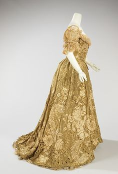 Ball gown (image 2) | Jacques Doucet | French | 1898-1902 | silk, metal, linen | Brooklyn Museum Costume Collection at The Metropolitan Museum of Art | Accession Number: 2009.300.3274a, b