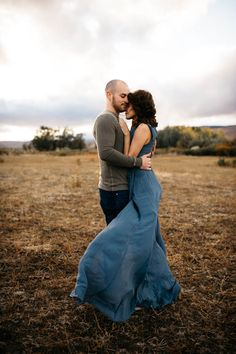 Passionate desert engagement session | Image by Tonie Christine Photography