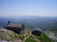 Monte Aizkorri   cumbre   Guipuzkoa  Basque Country