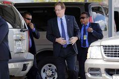 Honduras: Embajador de EUA reitera apoyo para investigar crimen de Cáceres  James Nealon dijo que la asistencia técnica de su gobierno a las autoridades hondureñas está en curso. El embajador de Estados Unidos en Honduras, James Nealon, se ha mostrado atento a las investigaciones entorno a crimen de Berta Cáceres.