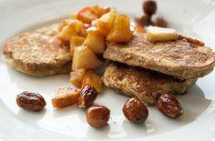 Sunde og lækre morgenmad pandekager med æble og kanel til morgenmaden - de er fyldt med gode sager og føles som en skøn forkælelse -