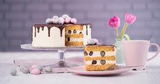 Fedezd fel az áfonyát! White Chocolate Ganache, Melting Chocolate, Novelty Birthday Cakes, Cupcakes, Cake Videos, Candy Melts, Drip Cakes, Macaroons, Rum