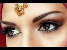 Bollywood Makeup - Gold and Brown Smokey Eye Look.. love it!