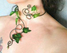 Poison ivy green ivy leaves long arm cuff wrap slave bracelet ivy cuffs forest forest fairy costume - Poison ivy necklace neck cuff choker green leaves nature goddess tree people Best Picture For wedd - Poison Ivy Cosplay, Poison Ivy Costumes, Woodland Fairy Costume, Fairy Costume Diy, Fairy Costumes, Fairy Cosplay, Woodland Fairy Makeup, Couple Costumes, Disney Costumes
