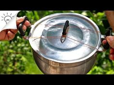 39 Awesome Kitchen Hacks - Tips and Tricks - Thaitrick Tips And Tricks, Home Gadgets, Kitchen Gadgets, Kitchen Life Hacks, Kitchen Tips, Hacks Cocina, Life Hacks Youtube, Home Hacks, Plastic Bottles